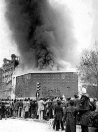 El Scala arde tras el atentado