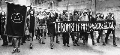 Manifestación de protesta por el asesinato de Pinelli